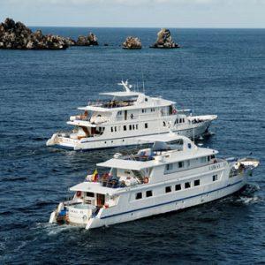 Galápagos Cruzeiros / M/Y Coral I e M/Y Coral II