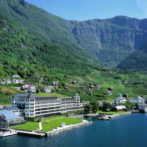 Hardangerfjord - Oslo-Bergen